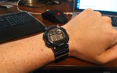 Me wearing the Casio W735H-1AVCF watch